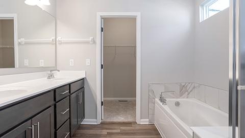 Kenton Bathroom Closet